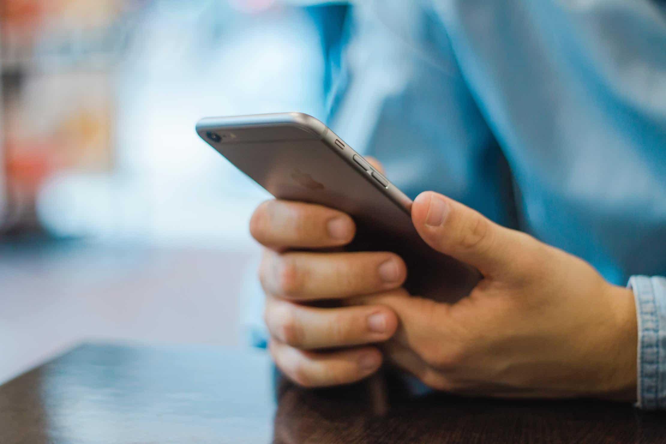99 procent av alla piratkopierade iPhone laddare anses vara