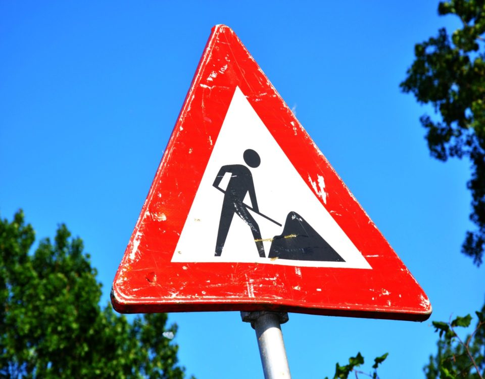 coming-soon-construction-sign-roadsign-117602